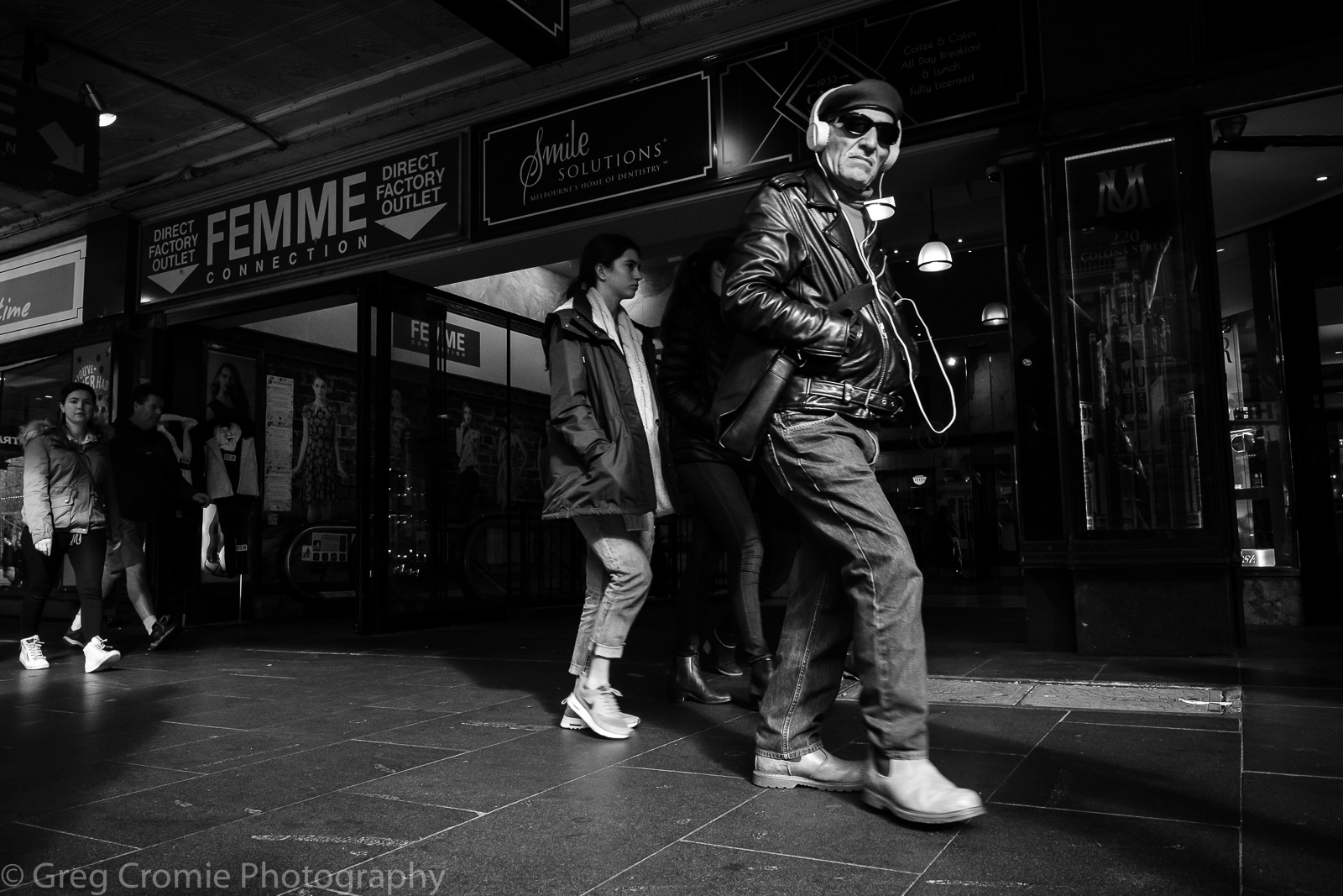 Street Photography with the Fujifilm XF14mmF2.8.
