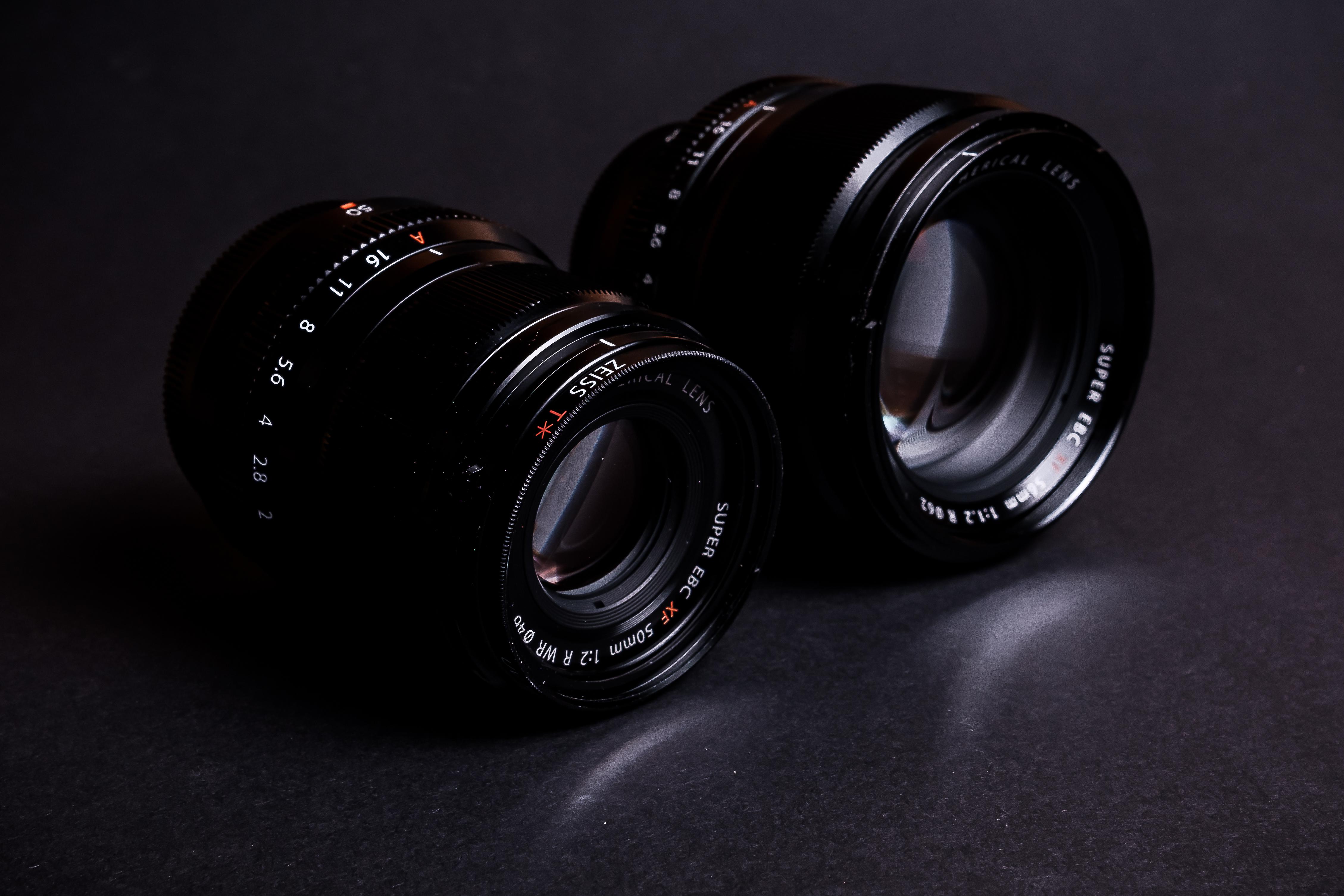Fujifilm XF50mmF2 V Fujifilm XF56mmF1.2